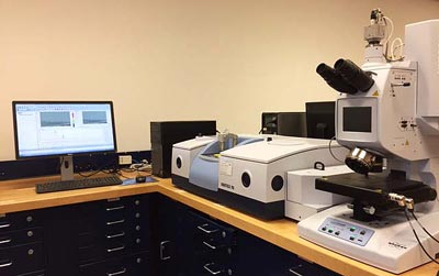Figure 4.  Attenuated total reflectance FT-IR spectrometer coupled with a state-of-the-art FT-IR microscope.
